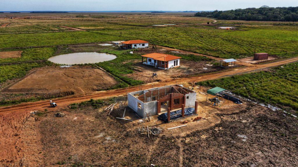 Drohnenbild vom Rohbau ohne Dach